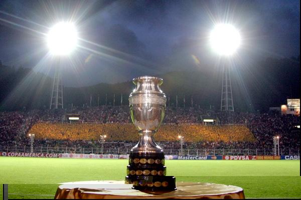 Copa_America_trophy