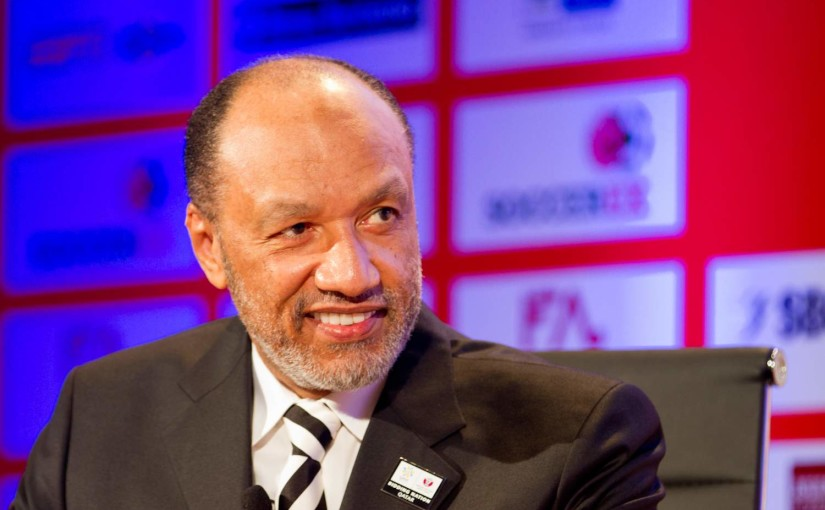 Mohamed_Bin_Hammam_wearing_Qatar_2022_pin_badge_at_Soccerex