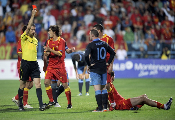 wayne rooney_red_card_in_montenegro_13-10-11
