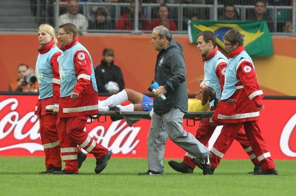 football injury_25-11-11
