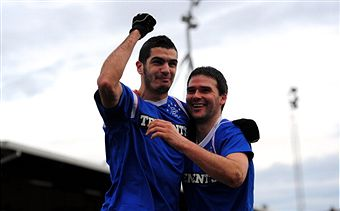David Healy_celebrates_goal_v_Abroath_January_2012
