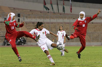 Hijab wearing_footballers_23-02-12