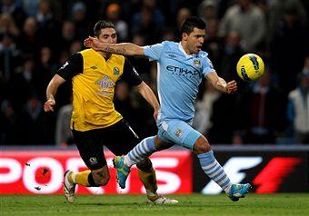 Sergio Agero_scores_v_Blackburn_February_25_2012