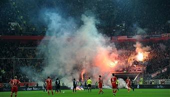Hertha Berlin_Pitch_Invasion_May_17
