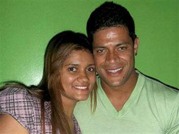 Angelica Aparecida_Vieira_de_Souza_and_hulk