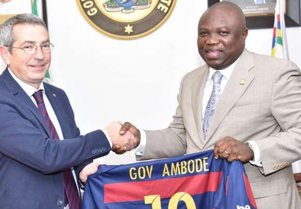 lagos-governor-akinwunmi-ambode-with-barcelona-representative ykb3t42g7ntu1wqp51vxet3oh