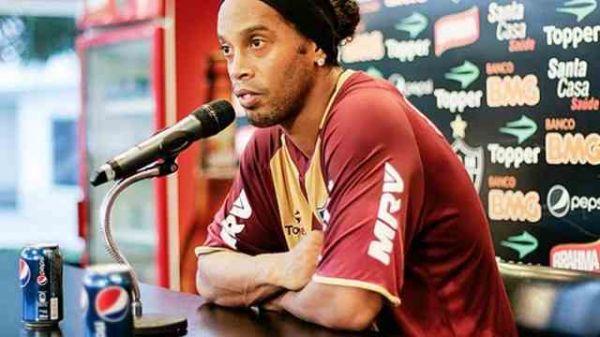 Ronaldinho-Pepsi Press_Conference_July_12_